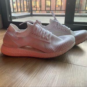 Adidas Ultraboost Tennis Shoes
